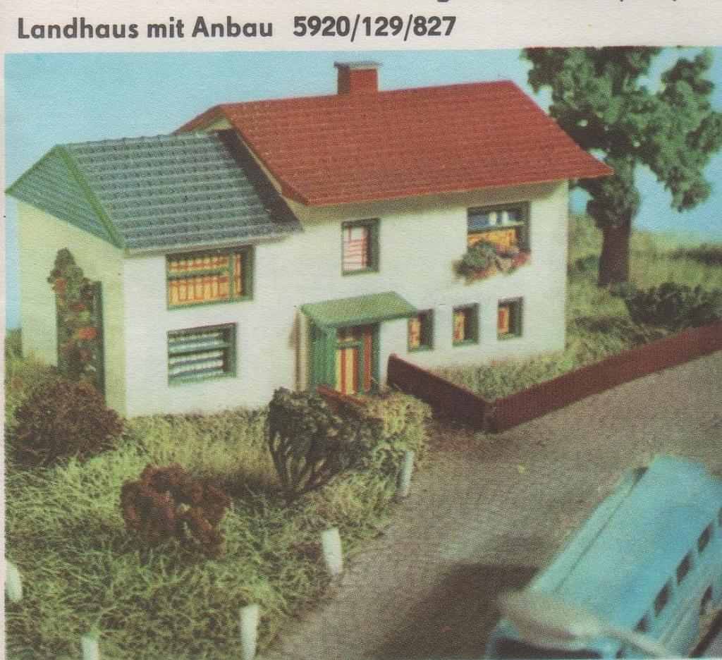 129/827 Landhaus mit Anbau   Piko-N-Bahn